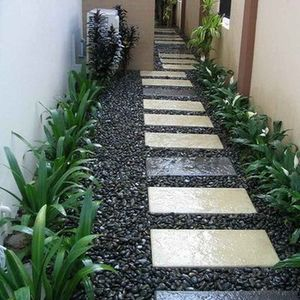 100 Garden Pathway Ideas and Inspiration - Garden Sumo #gardenpaths #gardenpathways #gardeninspiration #gardenideas